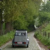 Faites Le Tour de Flandres en 2CV!