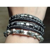 Cady Wrap Bracelet- Black