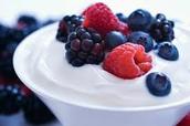 Un Yaourt Aux Fruits-Yogurt with Fruits