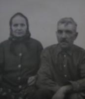 Прадід Іван та прабабуся Ольга