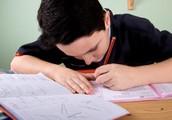 Finissez les devoirs qui vous ont été assigner pour tout les sujets et essayez de faire votre meilleur.