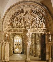 Le tympan du portail central