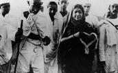"(""Gandhi. His life in Pictures"")"