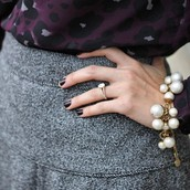 Daphne pearl bracelet $30