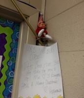 Elf on the Shelf saying good bye.