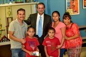Former mayor of Miami Manny Diaz with PSE Families