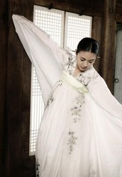 Crane Korea also inquires Korean-style entertainment!