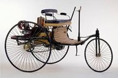 First automobile 1885-1886