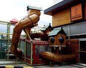 Diseño, construcción de áreas temáticas, juegos infantiles, mobiliario.