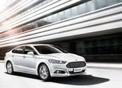 2015 FROST WHITE FORD FUSION