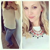 PERFECT match with the Fanella or just a fun and everyday pop of color!