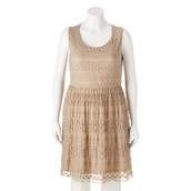 para mujer de vestido Trixxi, $32 dólares.