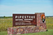 Pipestone Welcome Sign