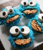 Cookie Monster cupcakes!!