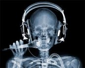x-ray of a dj