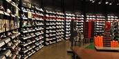 nieuwe collecties schoenen in allerlei merken soorten en maten!