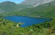 L lake
