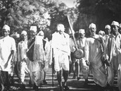 Gandhi and his original followers starting the March