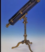 Hooke invented the first reflecting telescope