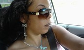 OMW 2 DO SOME HAIR!!! CAN'T KEEP MY CLIENTS WAITING