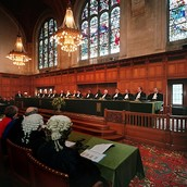 Public hearing at the ICJ.