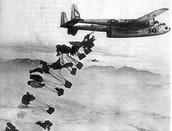 Die Alliierten haben ihre Zonen von der Luft für mehr als ein Jahr beliefert.