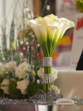 Flowers and Ideas Freshen Up an Event