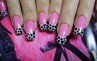 Jasmine Cute Pink Airbrush Nails