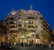 La pedrera -  Antoni Gaudí (1906-1910)