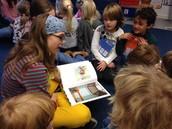 German - Vorlesetag: Secondary students visit 1st grade