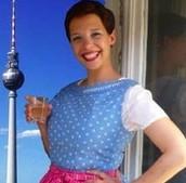 Anna-Zoë Schmidt