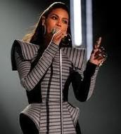 Beyonce in Gareth Pugh