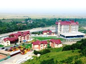 Nu rata ocazia de a petrece un sejur minunat la Complexul Turistic Grand Hotel Perla Ciucasului!