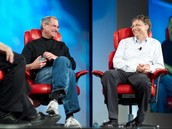 Compare and Contrast Steve Jobs & Bill Gates