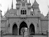 Opening Disneyland