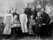 La familia tradicional muchos años antes