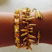 Renegade Bracelet-Gold (middle)