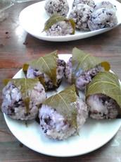 もち を たべた こと が ありますか。 Have you ever eaten mochi?