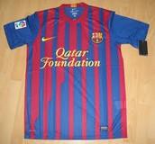 חולצה לאוהדי ברצלונה