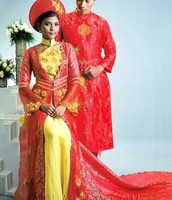 the vietnamese traditional dress for wedding.