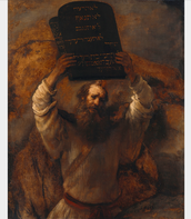 Mose holding the tablets that God gave for the Ten Commandments