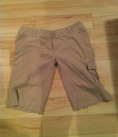 71. O'Neill Shorts, 14, Fit smaller
