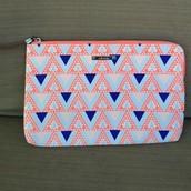Capri pouch- mosaic triangle