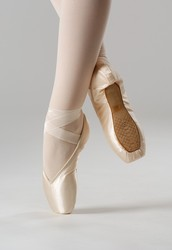 History of Pointe Shoes