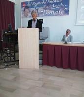 "il dirigente scolastico Raffaele De Vivo IISS ""Bonghi-Rosmini"""