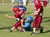Jugar al fútbol americano