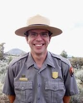 How many employees are in the National Park Service?