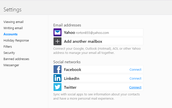 Yahoo mail: How to add your tweets in your yahoo mail Messages.
