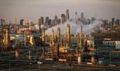 פליטת הגזים והעשן מן המפעלים