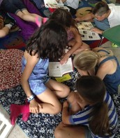 Lily, Claire, Estella, & Clementine Reading Together